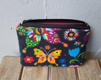 Butterfly pattern Pocket