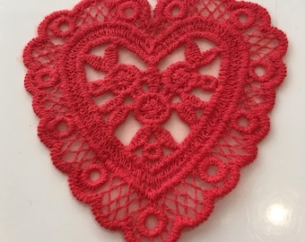 Red 80mm lace heart applique / 75mm