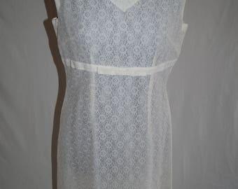 Vintage White Lace Pencil Dress UK Size 12
