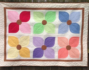 Hand Appliqued Flower Quilt, Baby, Lap, Wall Hanging