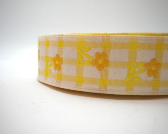CLEARANCE SALE  50 discount  cm   1.18  inches Satin Jacquard Ribbon Trim with Orange Daisy Flowers