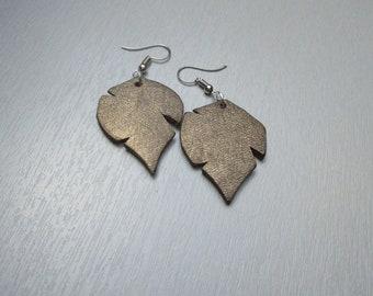 Earrings leaves bronze leather