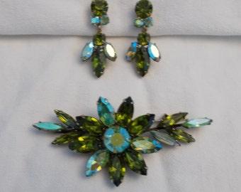 Regency Jewelry Rhinestone Flower Brooch and Clip-on Earrings