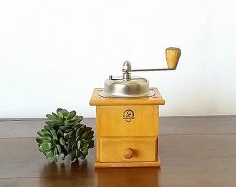 Coffee Grinder Vintage, Klingenthal Coffee Grinder, Antique Coffee Grinder, Coffee Mill, Farmhouse Kitchen Decor, Collectible Coffee Grinder