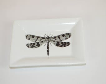 "Rectangle 4"" dish (shown with image # a35 - dragonfly)"