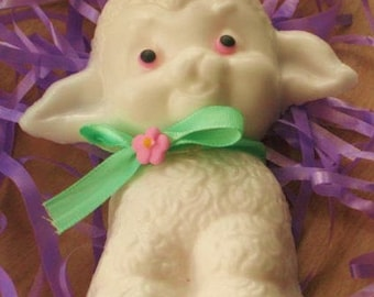Kids soap - White Chocolate Alyssa Had a Little Lamb Spring Soap - Lamb - Novelty Soap - White Chocolate - Baby Shower - Party Favor