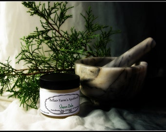 Vapor balm:  Naturally scented with only pure essential oils such as eucalyptus, mint, and ravensare in coconut oil.  Petroleum free too!