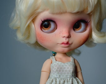 Martie (OOAK Custom Blythe doll)