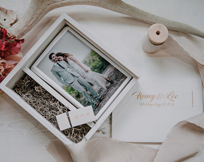 Set of 20 - (save 3 dollars per box) 4x6 Wood print box with enough space for prints and usb drive - square - (spanish moss included)