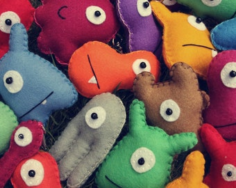 Mini Felt Monster Plush Toys & Party Favors by BABUA - 5 Random Toys