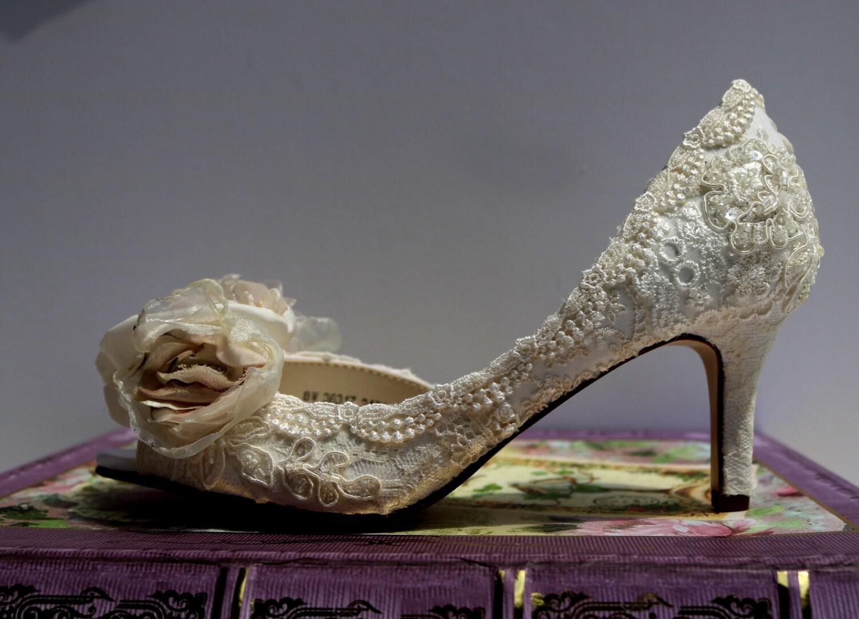 0a649227ea6ac Vintage Lace Wedding Shoes – Fashion dresses