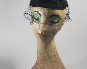vintage hat / 1950s vintage hat / 50s hat / noir /vintage veil