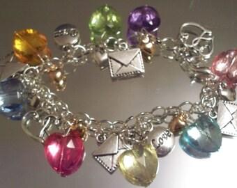 Valentine Bracelets, VALENTINE HEARTS, HOBBEEdesigns, Free Shipping, Valentine Charms, Chain Bracelet, Holiday Bracelets, Love charms