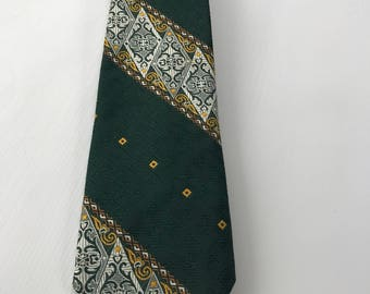 Vintage Tie, Made by Donegal for Bill Taber Men's Wear, Hotel Faust Rockford Illinois, 100% Polyester, Packers Green and Gold Tie