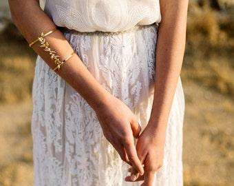 Arm Cuff Bracelet, Leaf Bracelet, Cuff Bracelet, Wedding Bracelet, Gold leaf Bracelet, Bridal Bracelet, Body Jewelry, Prom Bracelet