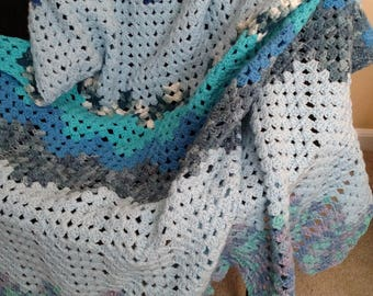 Blue zigzag blanket