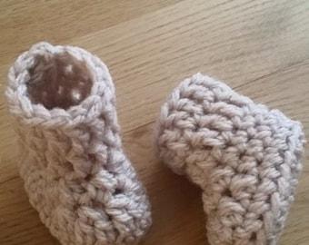Crochet baby booties (Newborn, 0-3 months & 3-6 months)