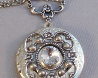 Diamonds and Lace,Locket,Necklace,Diamond,Diamond Necklace,Diamond Locket,Vintage Locket,Vintage Necklace,Vintage,Crystal,valleygirldesigns.
