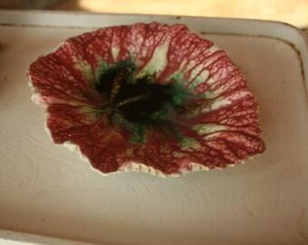 1890s, Majolica Bowl, Vintage Leaf Shaped, Hand Painted, Ceramic Leaf, Home Decor, Bowl of Fruit, Kitchen Decor, Kitchen