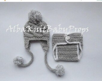 ON SALE 10% SALE Newborn Baby Girl Knit  Hat and Diaper Cover Set -Newborn Baby Hospital Outfit - Photography Photo Prop Set - Newborn Baby