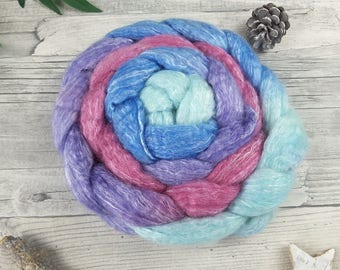 Hand Dyed Roving with Colour Gradient, Spinning Fibers – BFL, bamboo – ICY QUEEN – 3,53oz