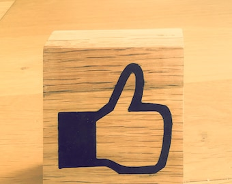 Icon facebook like oak and black resin