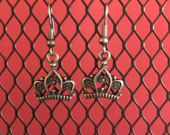 Princess crown earrings