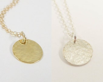 Hammered Disc Necklace - Dainty Jewelry - Tiny Hammered Disc Necklace - Simple minimal necklace