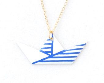 Pendant origami sailor boat