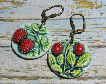 Woodland and raspberry, strawberry earrings greedy, green red ceramic