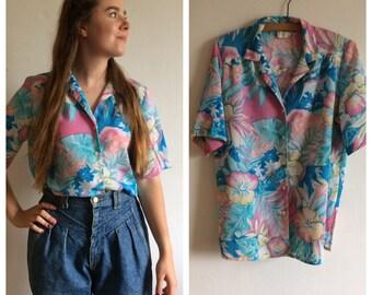 Amazing vintage 60s Hawaiian floral tropical shirt