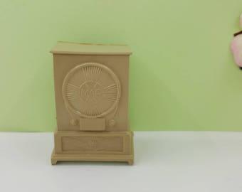 Marx Radio soft Plastic  Toy Dollhouse Contemporary  Style Tan livingroom