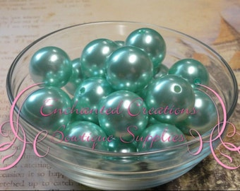 22mm Mint Green Acrylic Pearl Beads Qty 8