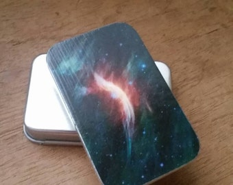 Space ....medium slide tin...seconds item