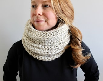 chunky knit cowl - BLIZZARD cowl in WHEAT - unisex - snood