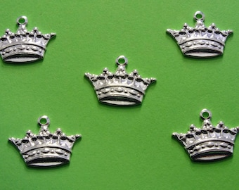 LOT 5 METALS CHARMS Silver: Crown 14 mm