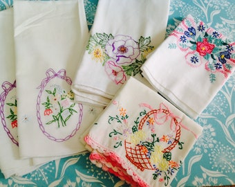 Set of pillowcases, embroidered pillowcases, vintage pillowcases, floral pillowcases, pink pillowcases, purple pillowcase, floral pillowcase