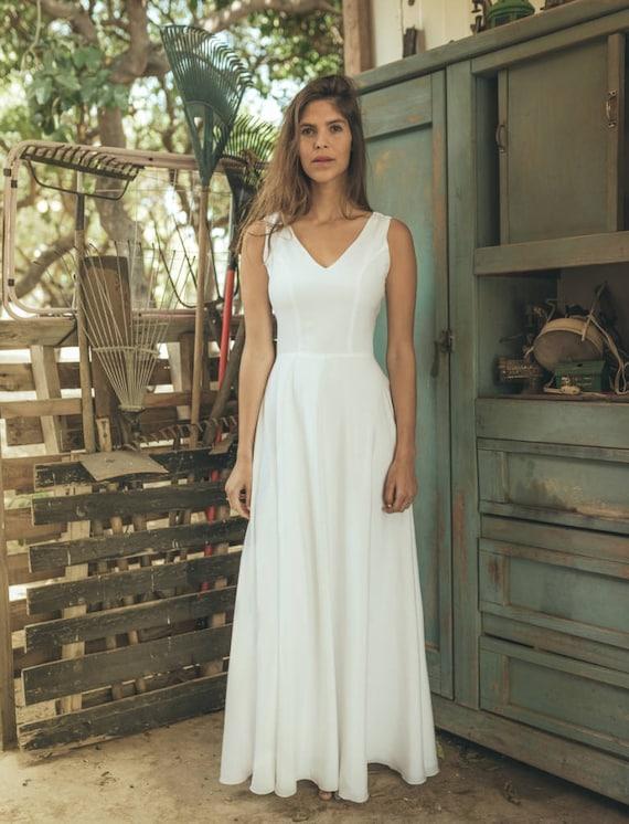 Simple wedding dress White wedding dress simple Simple boho