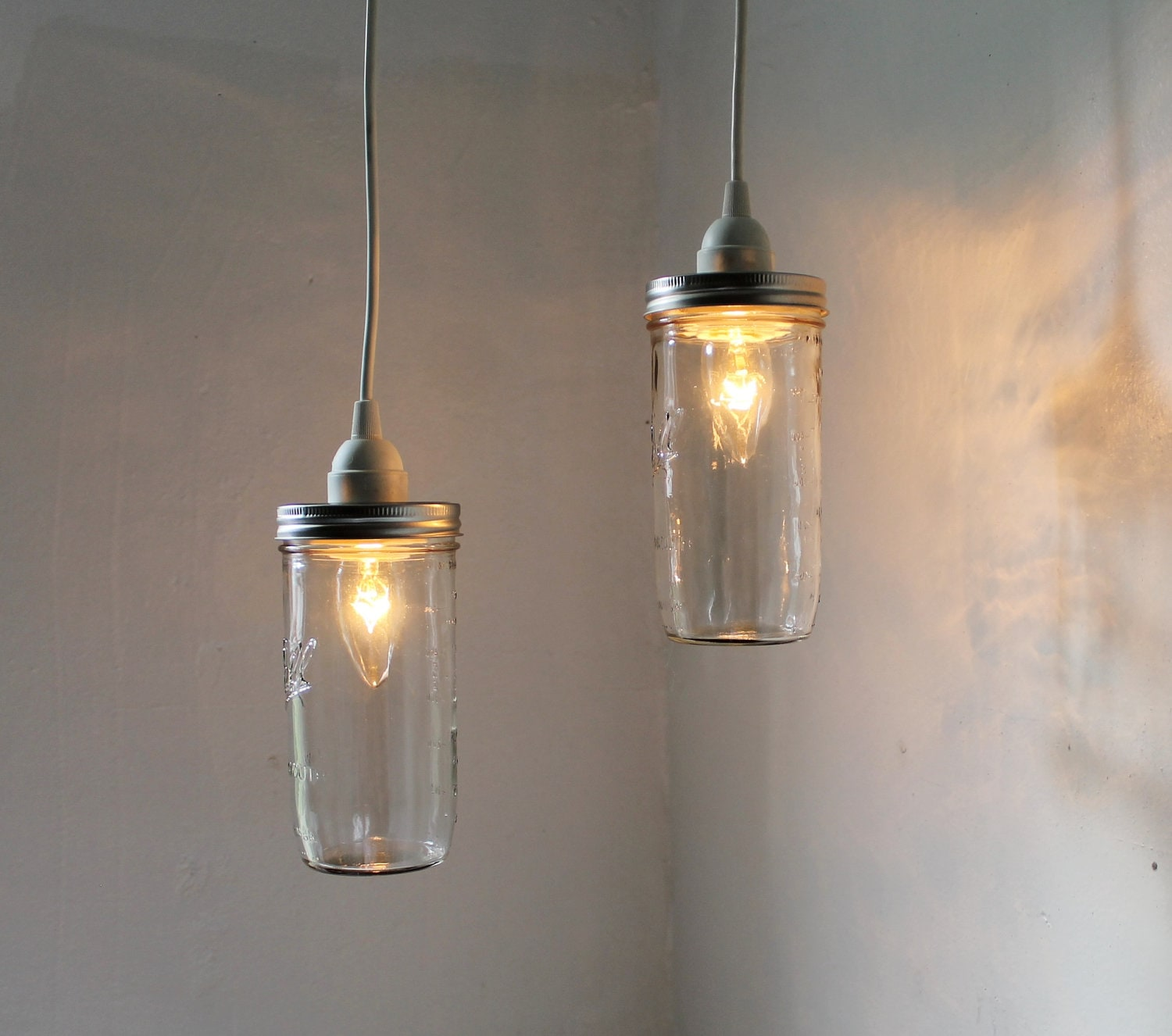 Mason jar pendant lights set of 2 hanging mason jar pendants for Hanging lights made from mason jars