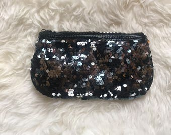 Delilah's Second Hand BetseyJohnson Sequin pouch purse makeup bag