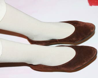 suede brown flats / brown leather flats / classic suede shoes / 60s flats