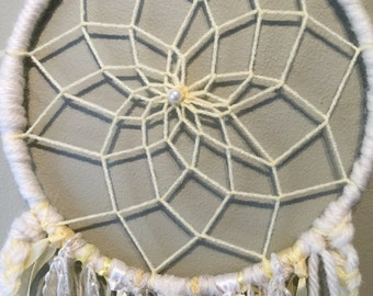 Dreamcatcher large lemon and cream beautiful
