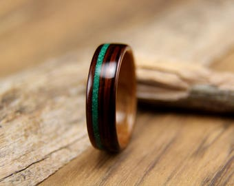 Bentwood Ring - Kingwood with Hawaiian Koa Liner and Offset Malachite Inlay- Handcrafted Wooden Ring