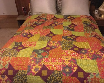 Beautiful handmade quilt in gold, cinnamon and green palates - a lovely gift!