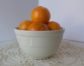 Vintage Hall China Company White Bowl, Hall Ironstone Like Bowl, Small Bowl, Mixing Bowl, Soup Bowl, Cereal bowl, Fruit Bowl,Farmhouse style
