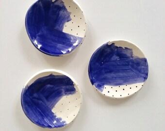 Brushwork Dish in midnight blue