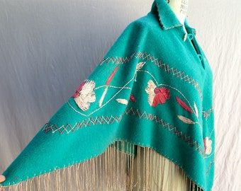 Vintage Mexican Green Wool Embroidered Poncho with Fringe/1950's Mexican Wool Poncho