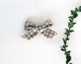 Girl's gray plaid hair bow clip girls vintage modern