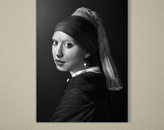 The Girl With Pearl Earring Real Portrait B&W (FailunFailunMefailun)