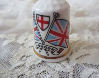 London Blue and Red Thimble